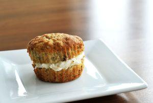 Banana creme muffin