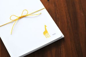 Giraffe stationery