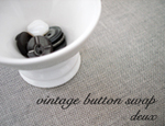 Vintage_buttons_swap_deux_button__2