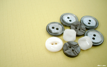 Vintage_buttons_7_400