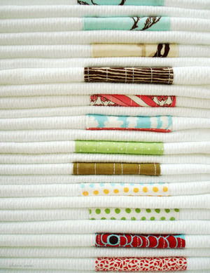 Patchwork_towel_pile_500_2