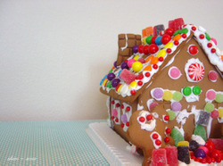 Gingerbread_house_2_ss