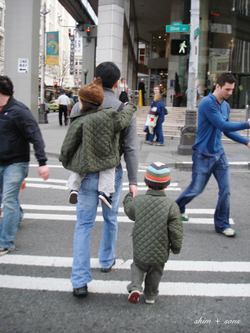 Walking_around_ss
